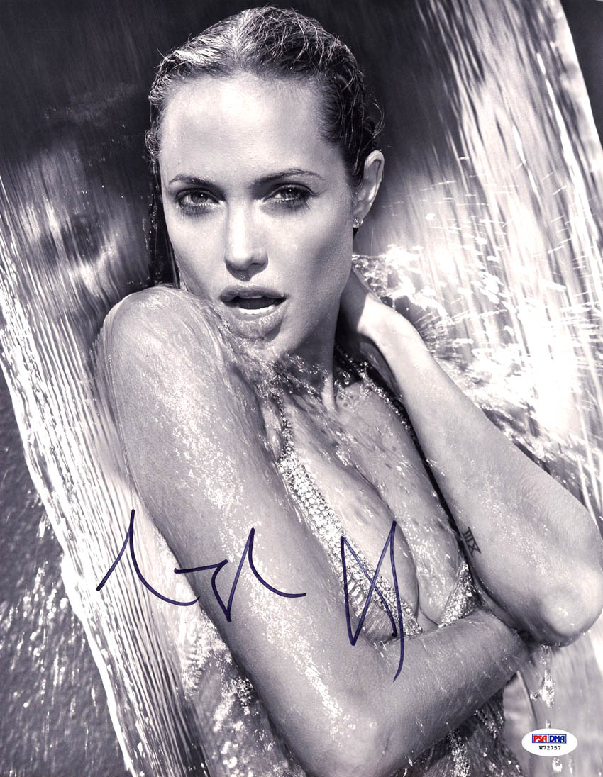 Angelina Jolie Hot And Sexy Pics details about angelina jolie signed 11x14 photo maleficent salt hot *sexy*  psa/dna autographed